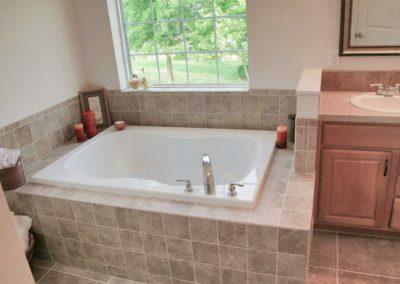 Nationwide Homes Calhoun model master bath
